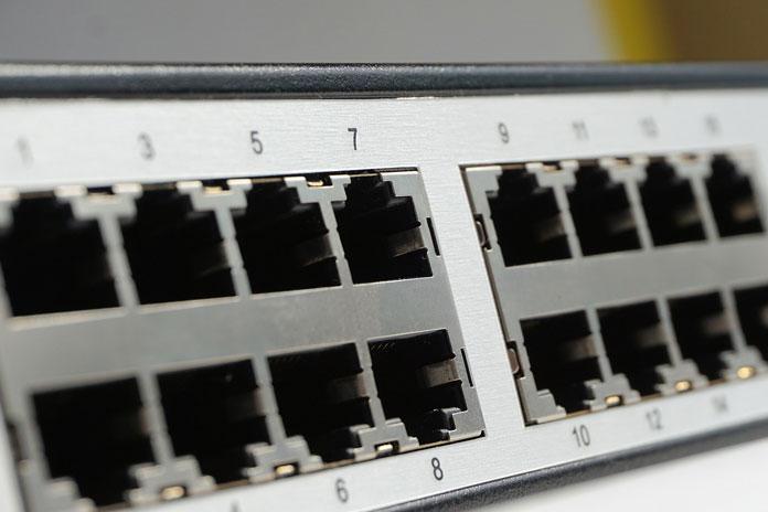it-lan-ports